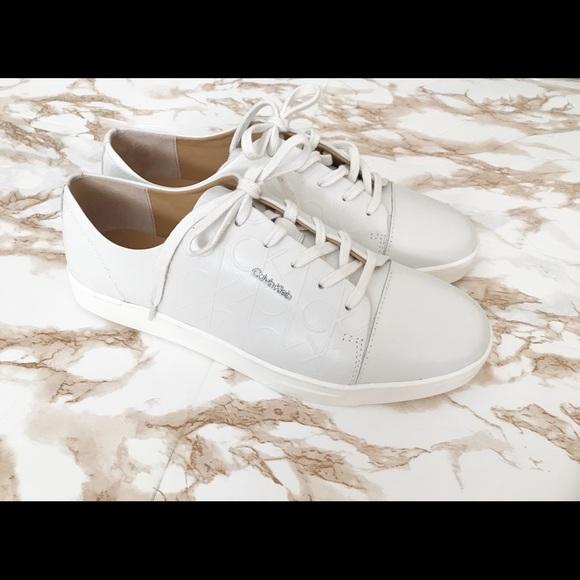 Calvin Klein Womens Sneakers Size 1
